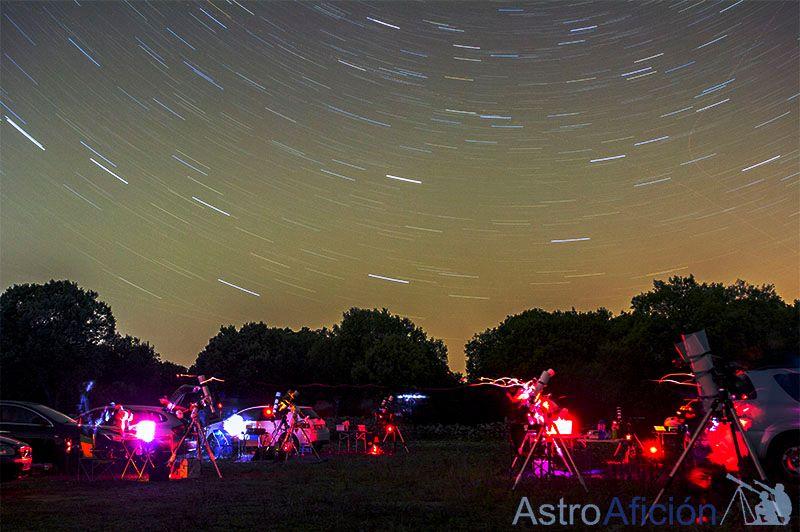 El festival de luces de los astrofotógrafos. Foto de Roberto Bravo (@ästroaficion)