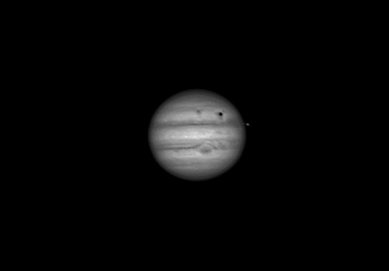Tránsito de Io y Ganímedes.