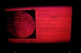 Celofan rojo en portatil