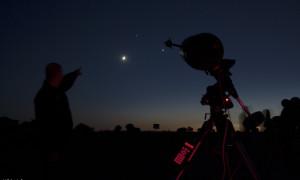 AAPOD para la conjunción de Venus, Júpiter y la Luna