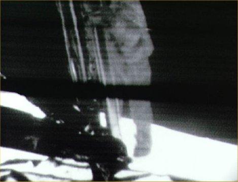 Primer salto en la Luna