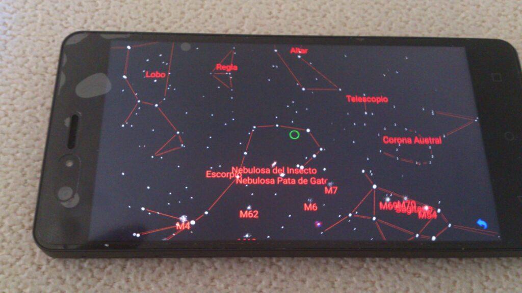 El modo Mapa de Estrellas no requiere las gafas de realidad aumentada.